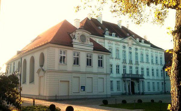Kirchen Und Kapellen Im Landkreis Dachau Gelbe Sthle Passen Zu Welcher Kche
